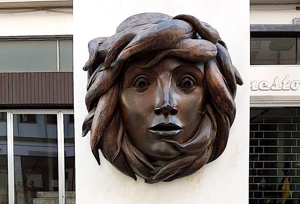 8museoallaperto_cosenza_scultura-1024x696
