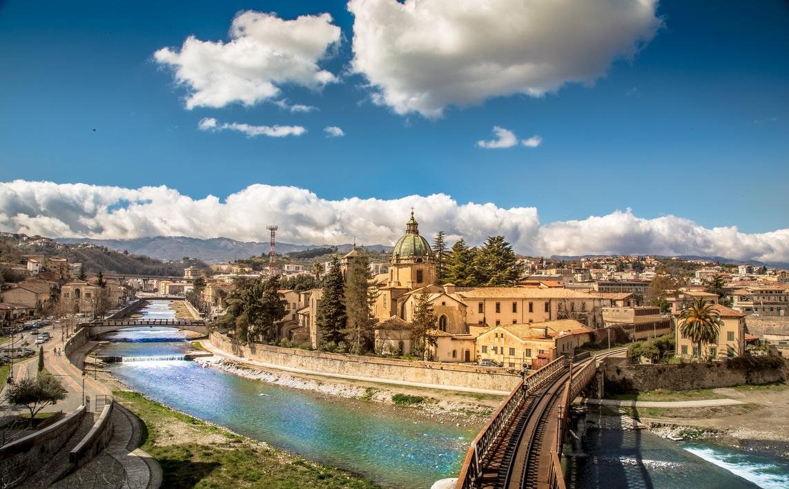 Cosenza_Panorama_San_Domenico_e_Fiume