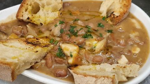 zuppa-di-fagioli-con-funghi-porcini